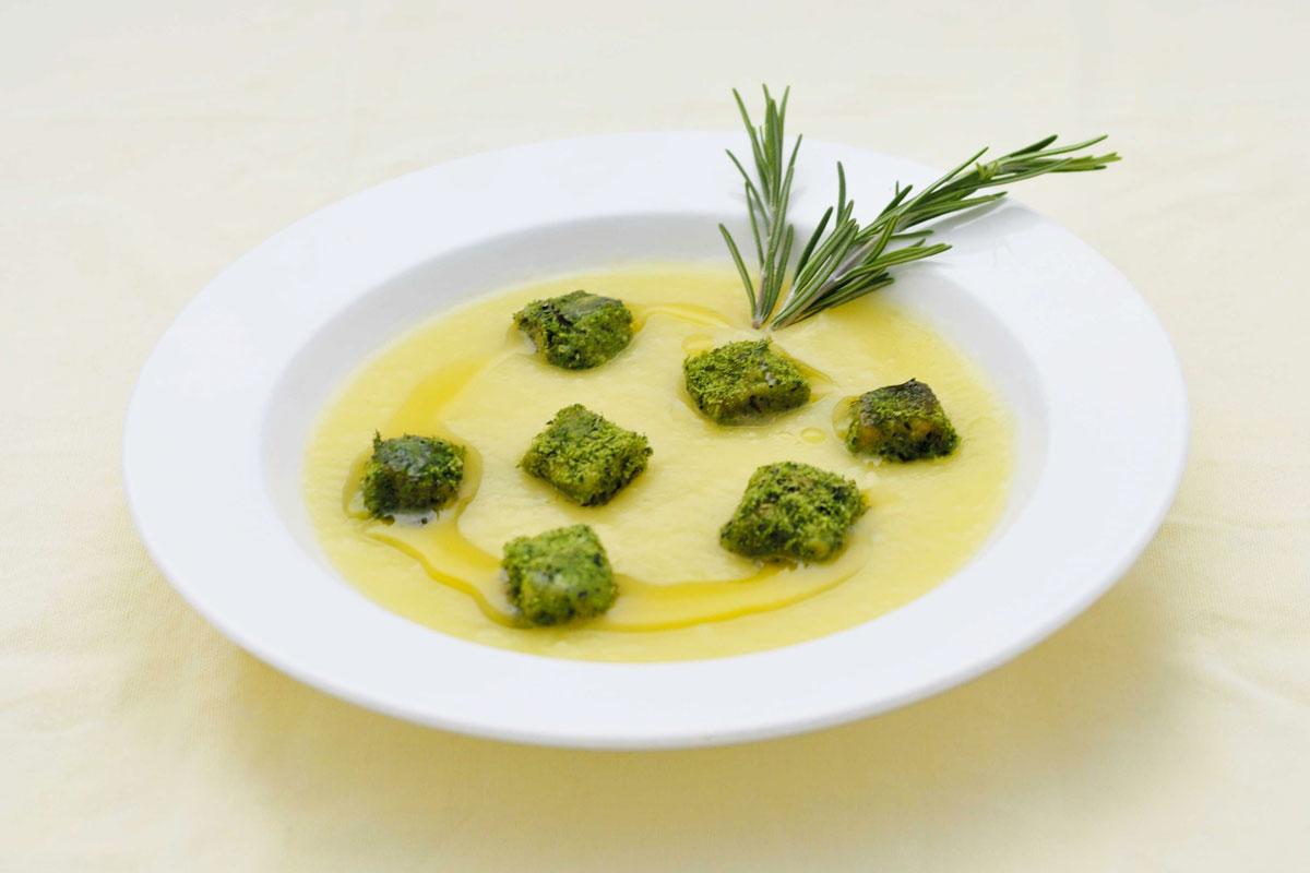 Crema di Patate di Bologna D.O.P. con salmone al verde