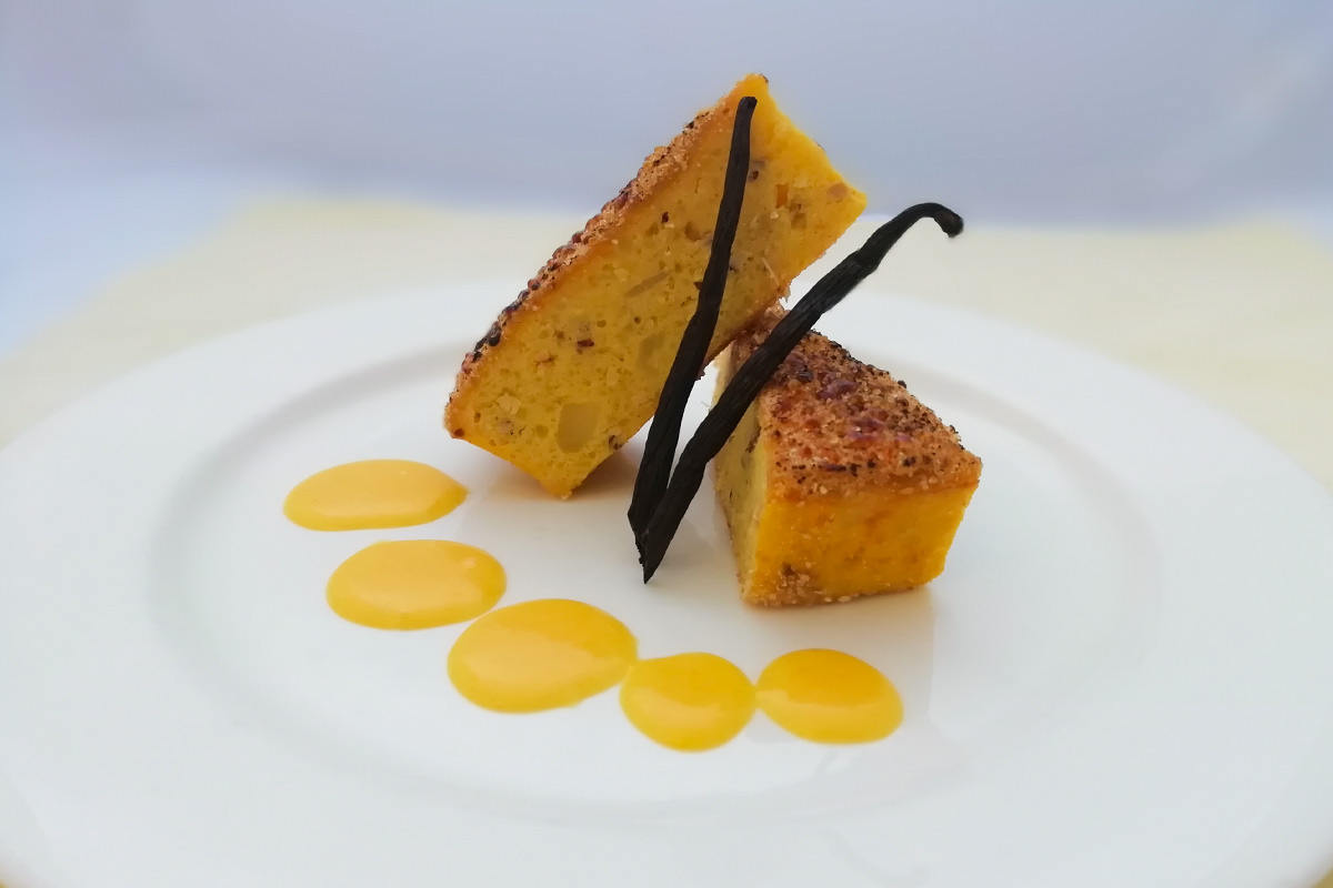 Flan di Patate di Bologna D.O.P. e nocciole con crema vaniglia