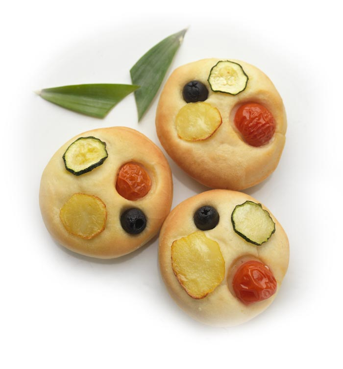 Focacce con Patate di Bologna D.O.P. e verdura.