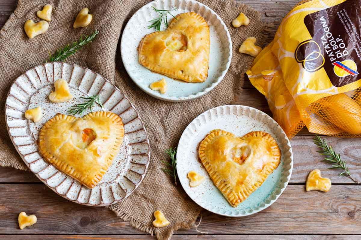 Fagottini di San Valentino con Patate di Bologna D.O.P., taleggio e zucca