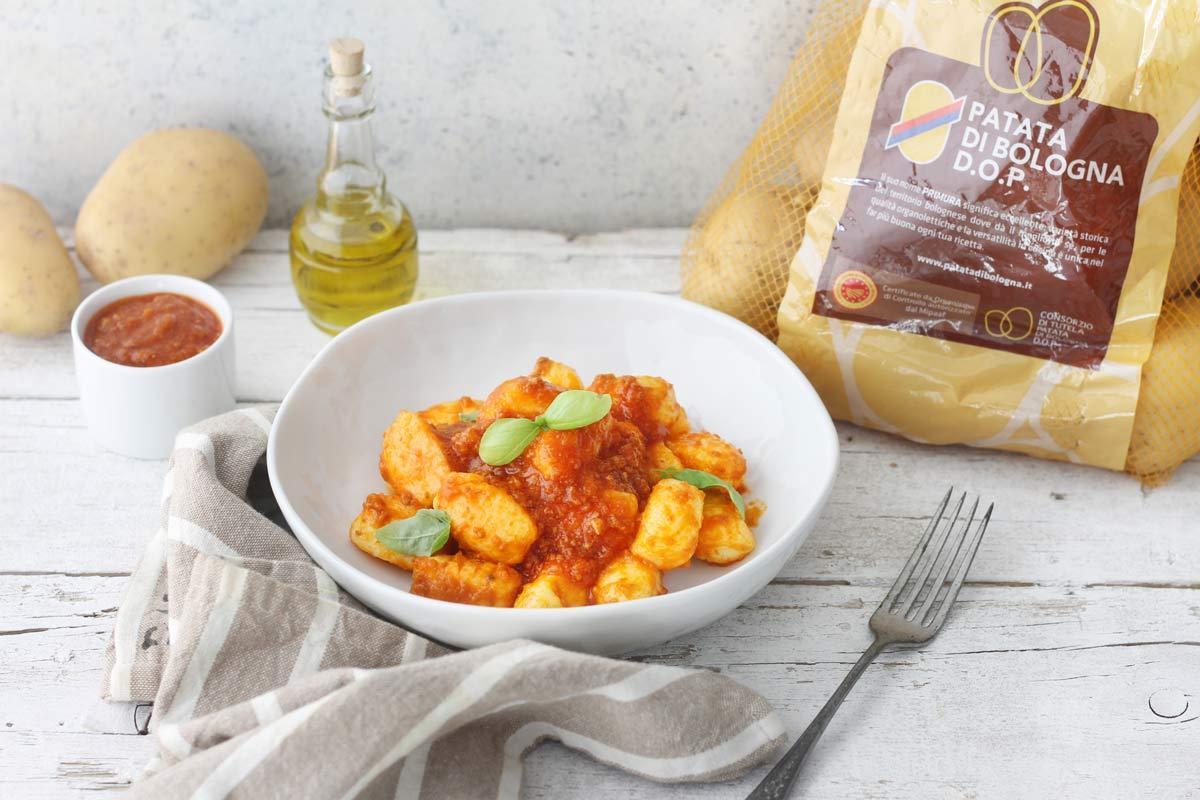 Gnocchi di Patate di Bologna D.O.P. con ragù alla bolognese.