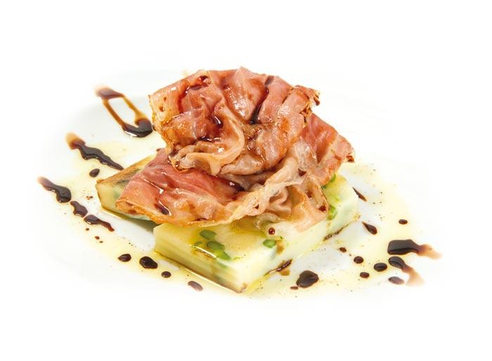 Terrina di Patate di Bologna D.O.P. e fagiolini con prosciutto croccante e aceto balsamico tradizionale.